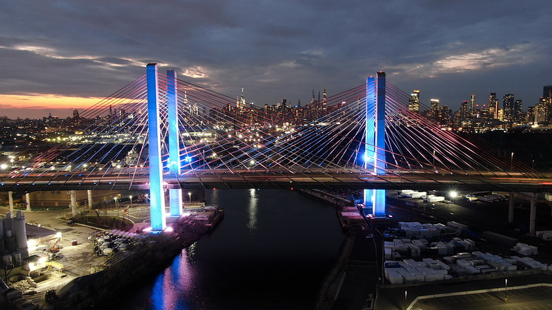 To celebrate Israel's Independence Day, landmarks across the state were lit up in blue & white last night.🇮🇱 #YomHaatzmaut