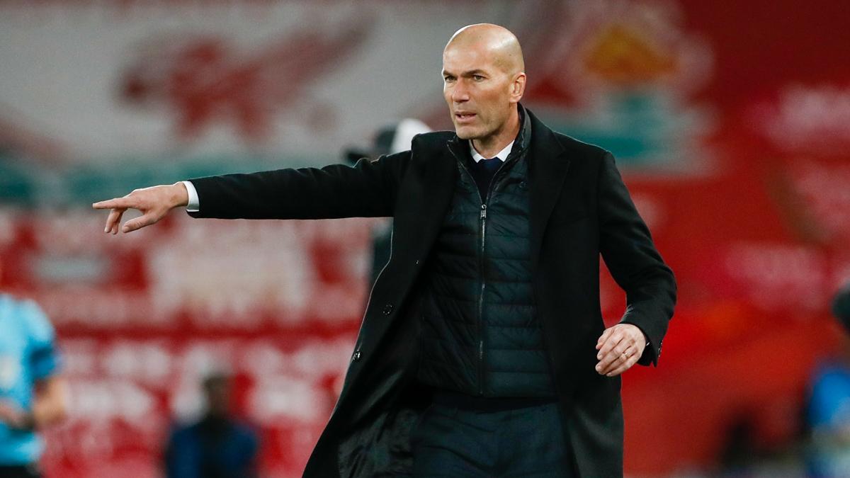 👔 Zidane 🤝 Semifinales de #UCL: 2016 ✅ 2017 ✅ 2018 ✅ 2021 ✅ #HalaMadrid https://t.co/CiFHQlBQBO