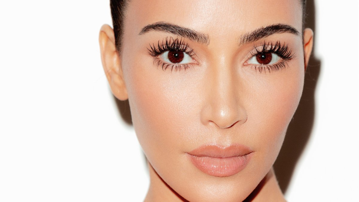 Only 3 hours until you can shop @KimKardashian's go-to products for a quick, 5-minute natural look: Eye Contour Duos and Glossy Lip Balm. Launching today at 12PM PT. https://t.co/wzwK8jA5PZ