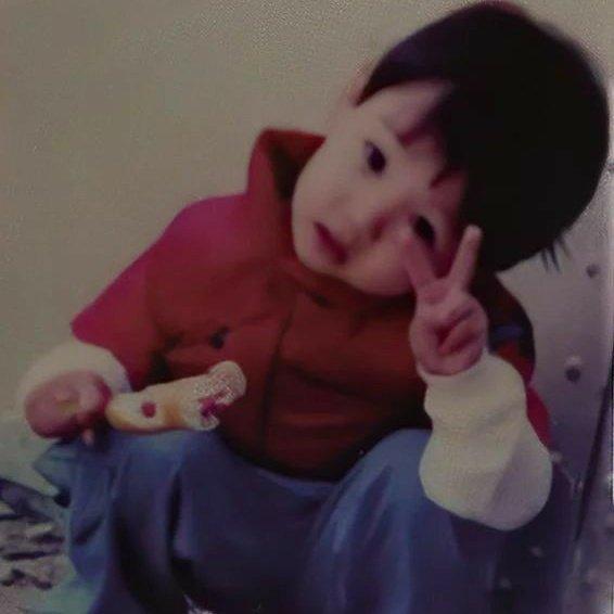 RT @ggukjaiun: - ♡̷͎ Jungkook siendo lo más precioso de mi vida, a thread; 😩💜  @BTS_twt https://t.co/dYZn92LbcP