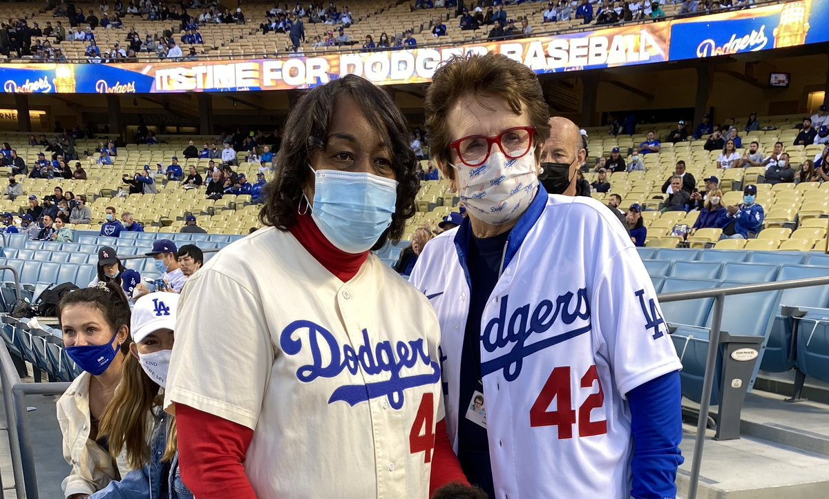 A special night across #MLB as we pay tribute to Jackie Robinson on the day 74 years ago when he broke Major League Baseball's color barrier. What an honor to meet his niece, Kathy Robinson, at Dodger Stadium. #JackieRobinsonDay #Jackie42