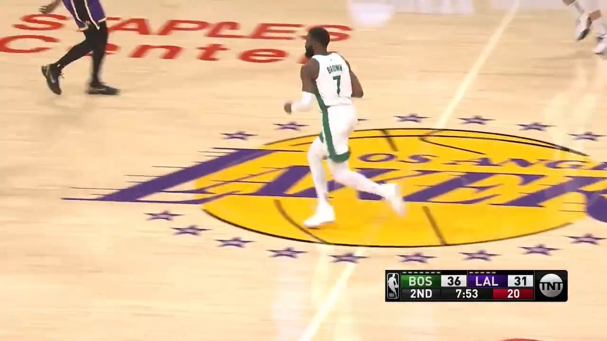 21 points.  9-10 from the field. Jaylen on top of his game.  Start of 3Q 📺 @NBAonTNT https://t.co/71ts8swCqE