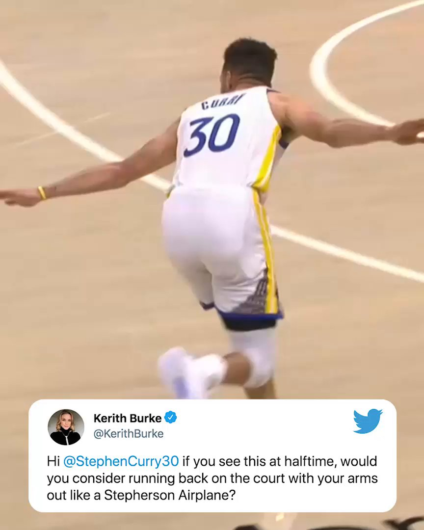 Steph saw @KerithBurke's tweet at halftime and did the celebration 😂 ✈️ https://t.co/jcWcQ6AYEQ