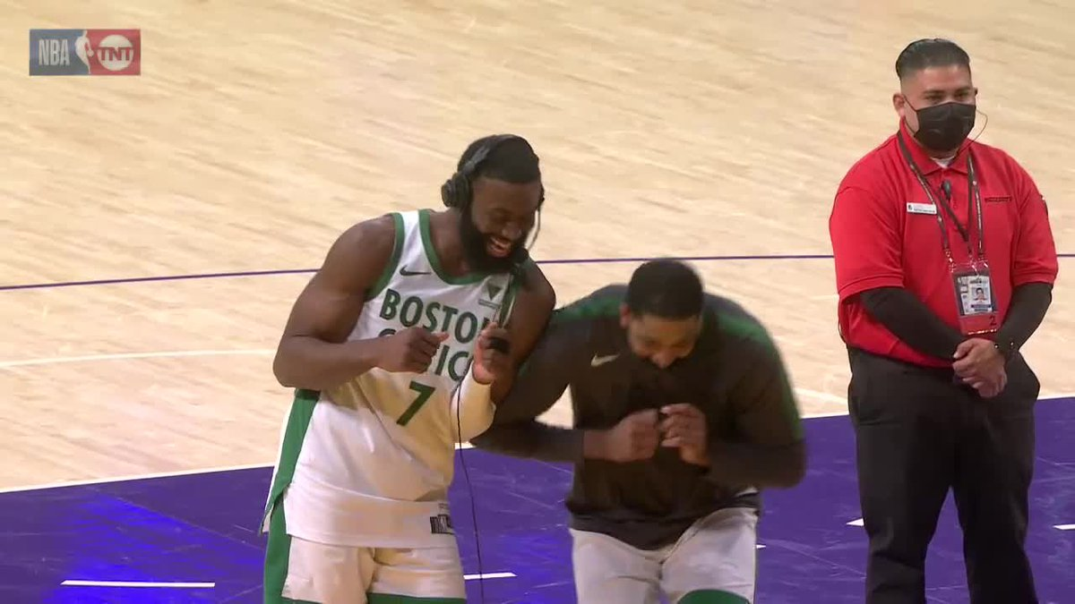 Jaylen Brown having fun with Kemba and Tristan after dropping 40 🤣 https://t.co/dfcA7yVgeK