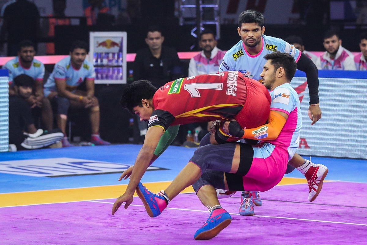 Every champion was once a contender who refused to give up.  #PantherSquad #JaiHanuman #TopCats #JaipurPinkPanthers #JPP #Jaipur #vivoprokabaddi