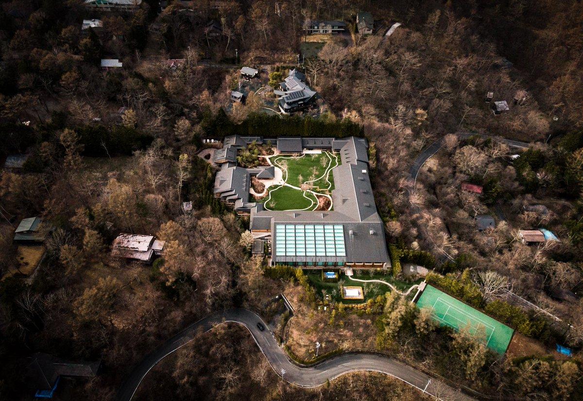 軽井沢に完成したというビルゲイツの別荘がこちら!