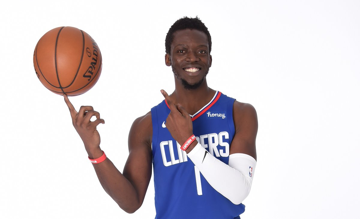 Join us in wishing @Reggie_Jackson of the @LAClippers a HAPPY 31st BIRTHDAY!  #NBABDAY #ClipperNation https://t.co/rIkhUspM3E