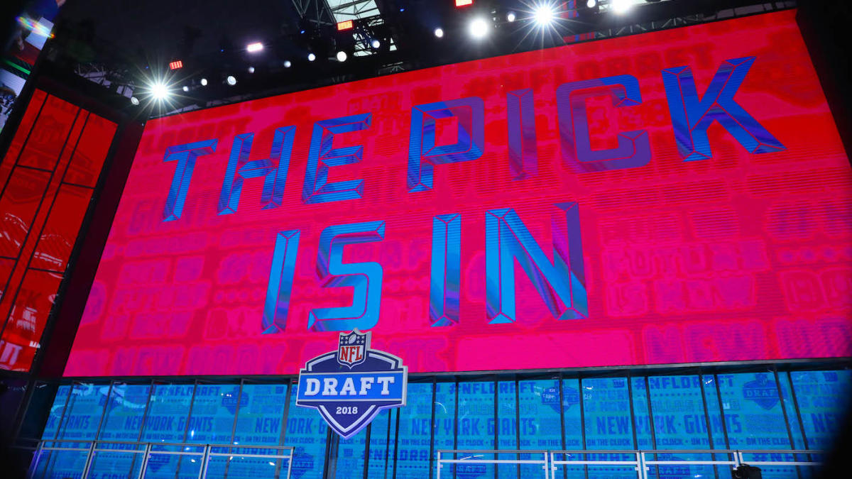 The 2021 #NFLDraft is just a couple weeks away and @dan_servodidio has just delivered his Mock Draft 1.0!  Check it out to see what position your team needs and who they could be looking at when they're on the clock! #fantasyfootball  Read Here: