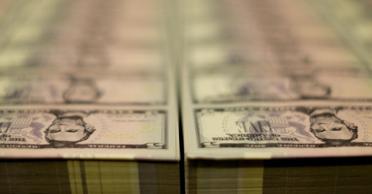 U.S. bond, equity funds lure money inflows as bond yields drop