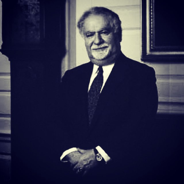A light has gone out in the world & he truly inspired me. As an Armenian immigrant, Vartan Gregorian reached the pinnacle of academia in the U.S. He was a visionary who became a philanthropic icon & made the world a better place. Look him up & exceed your own expectations 🙏🏼🇦🇲❤️ https://t.co/CPjyE5LHsZ
