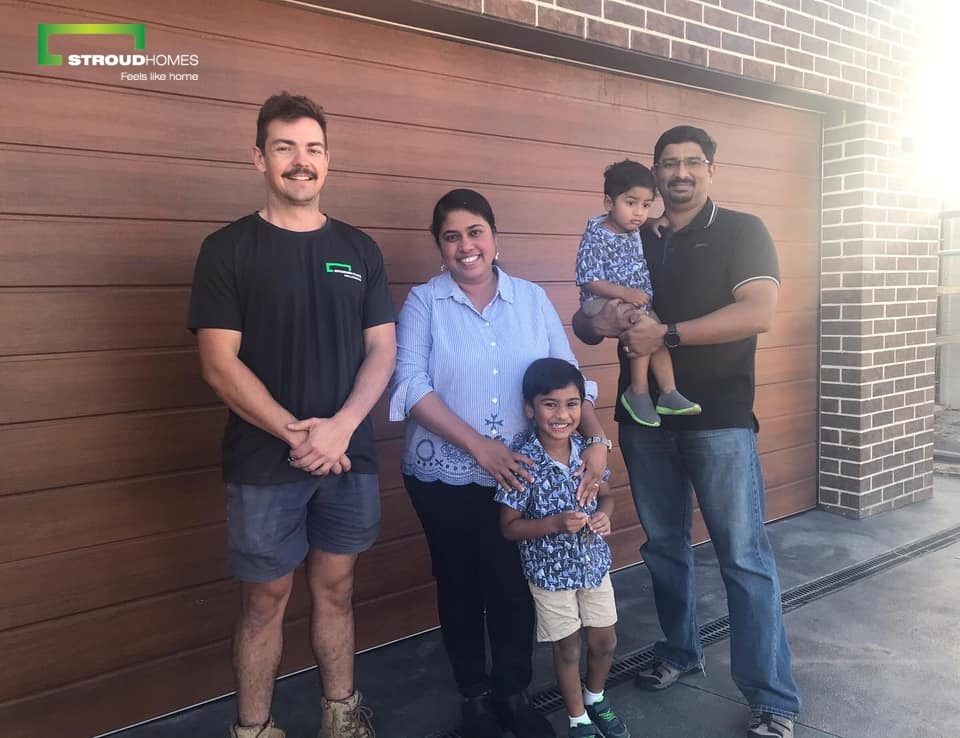 Congratulations to Dan and Shiny on receiving the keys to their beautiful modified Wilton 209 home. Our Wollongong team have done an amazing job! #stroudhomes #feelslikehome #newhome #blackandwhitequotes #wilton209 #customhome https://t.co/AjWHZYvWku