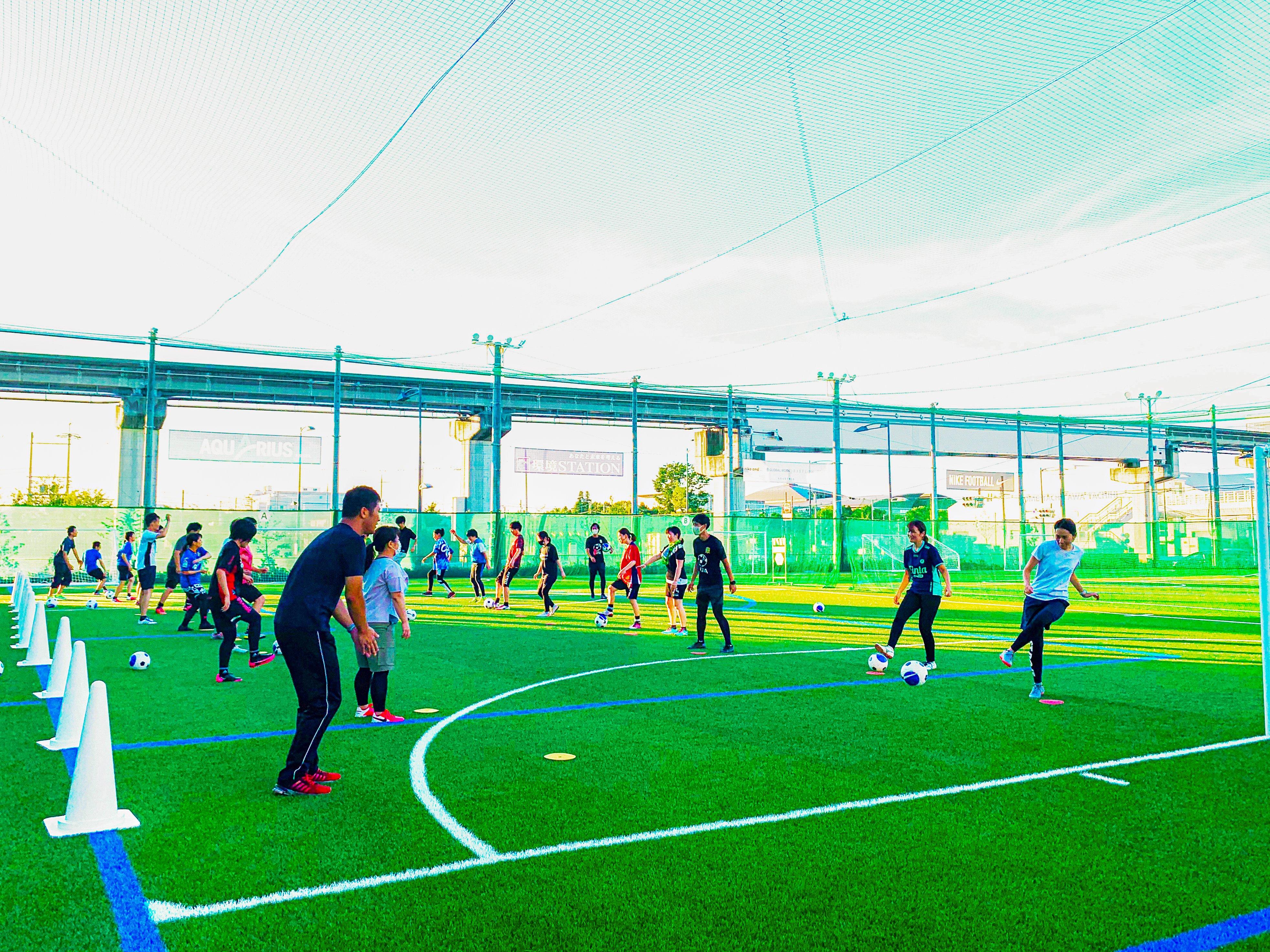 Mifa Football Park 立川 Mifa Soccer School Mifa Fp 立川 超初心者クリニック フットサルを始めたい方にオススメの 超初心者クリニック ボールを触れる楽しさを感じながら止める 蹴る 運ぶの基礎を練習し最後は試合も行います 安心して