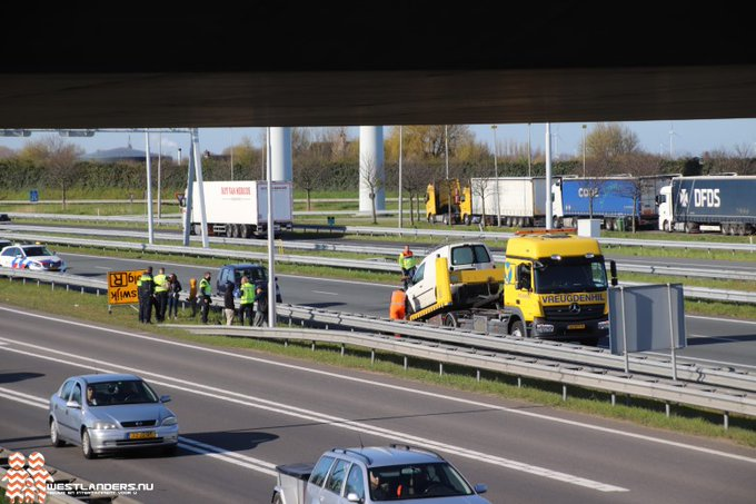 Drie ongelukken op de A4 https://t.co/SuLtVtYoq7 https://t.co/vKPu0xiDJb