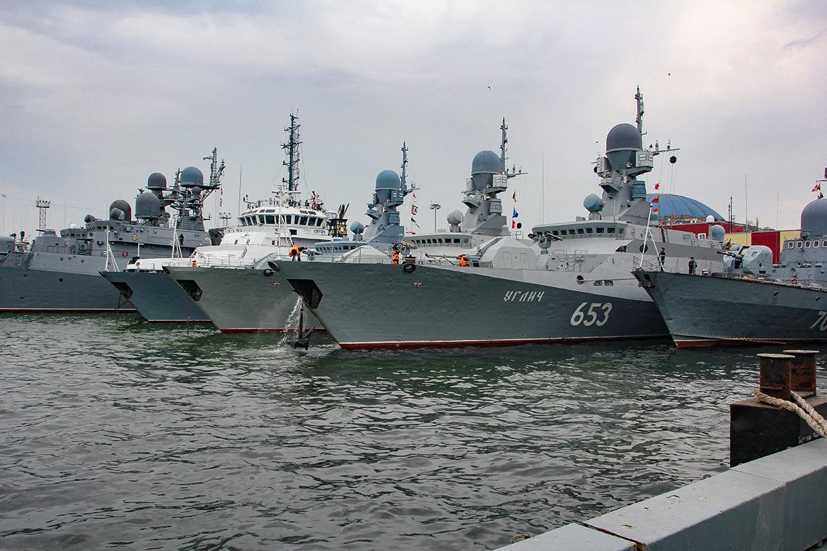 Rusija poslala oštro upozorenje SAD-u: 'Ne šaljite ratne brodove blizu Krima - za vaše dobro' - Page 9 EzQHtQUUYAkouXb?format=jpg&name=medium