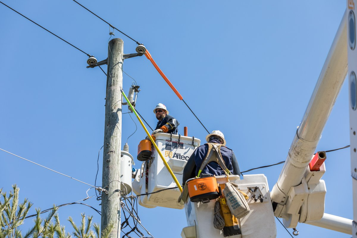 test Twitter Media - We're celebrating National Lineman Appreciation Day! To our UGI Electric linemen and UGI Electric employees, THANK YOU for always being there, for your tireless efforts to keep customers and communities safe, and for your commitment to excellence in all you do. #ThankALineman https://t.co/2VV3SNDkpk