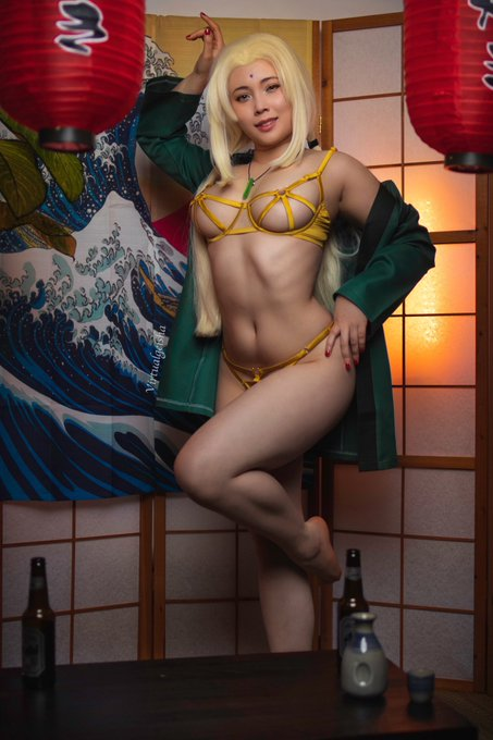 1 pic. Tsunade gets a bit frisky when she's tipsy 😳  💚 for the front 🔁 for the back   See below for more