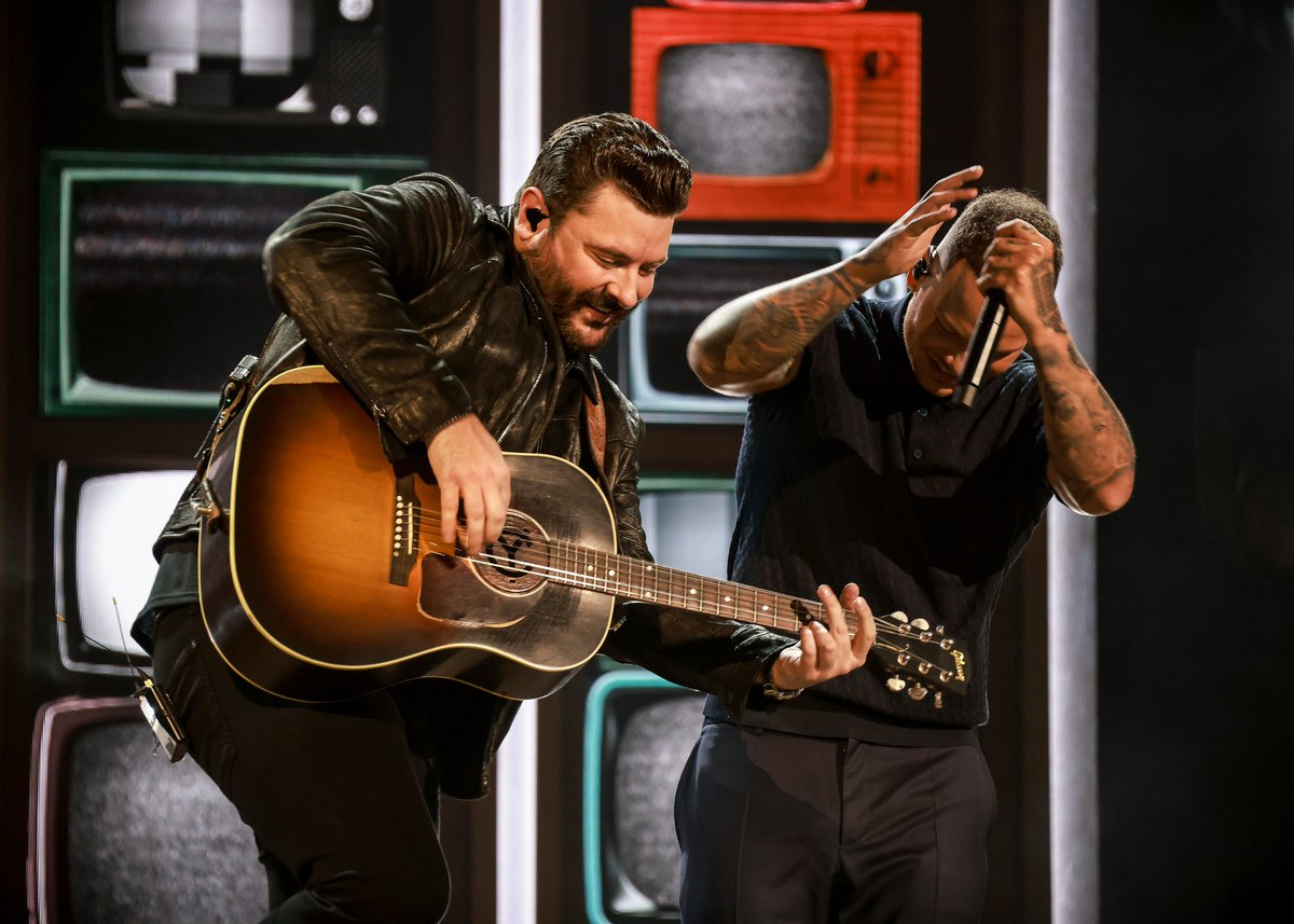 Chris Young & Kane Brown Rep Their 'Famous Friends' During 2021 ACM Awards