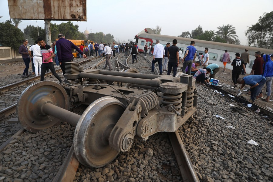 At least 11 passengers were killed and 98 others wounded during a train derailment in Egypt, in the second train accident within a month