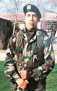 El soldado conscripto Pedro Soto Tapia fue asesinado en tiempos de paz,  en su caso el Ejército de Chile no colaboró con la justicia. La sátira del programa de @LaRedTV sólo da cuenta de una realidad! #PautaLibre