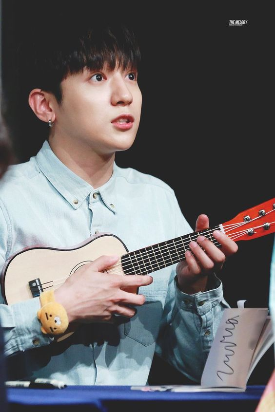 RT @hourly_day6: #DAY6 #데이식스 #SUNGJIN #성진 @day6official https://t.co/drTmrQ8wu6