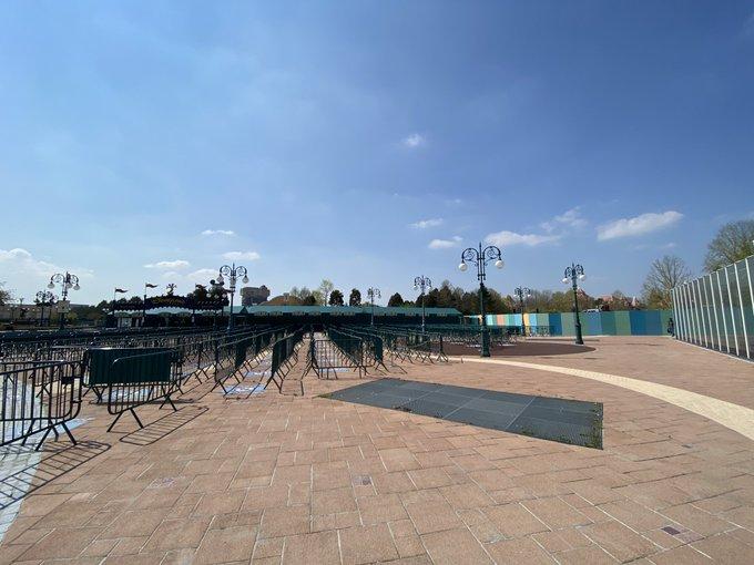 Esplanade : Nouvel Aménagement entre les Parcs, la Gare et DV - Page 29 EzVVPuhUYAQF3tw?format=jpg&name=small