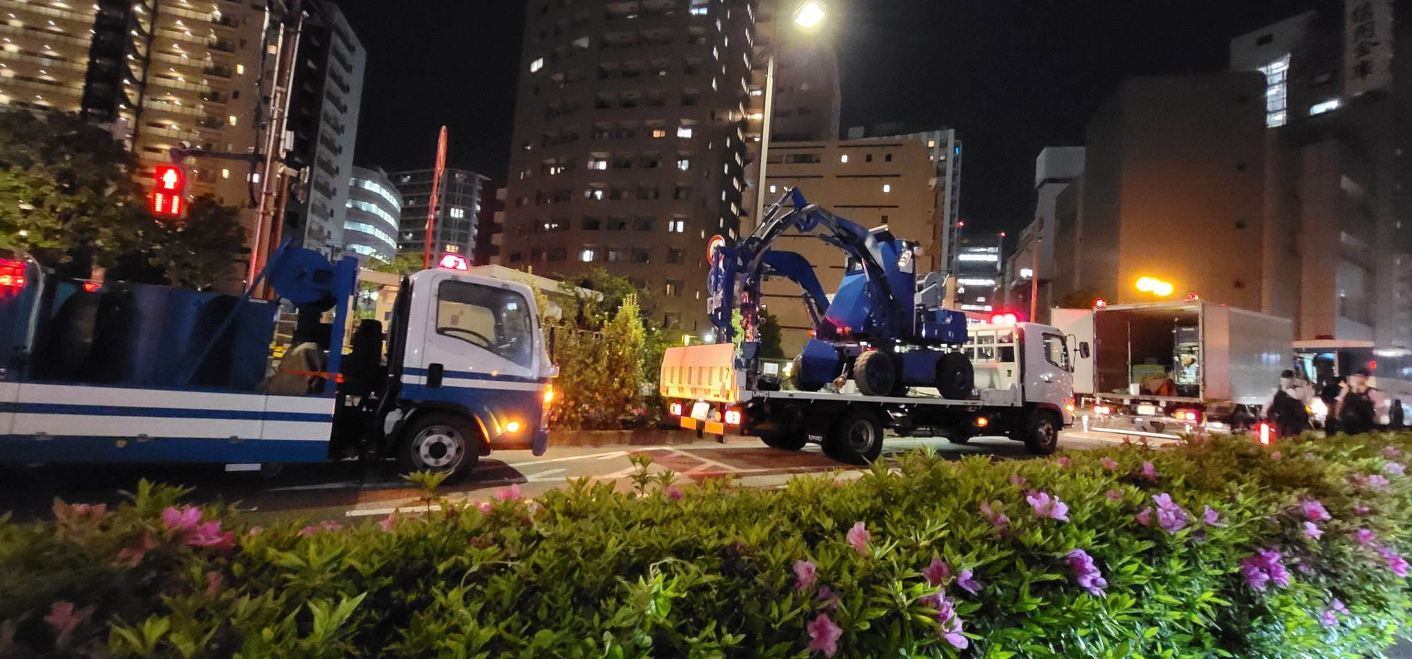 大田区の不審物事案で爆発物処理班が駆けつけるいる画像