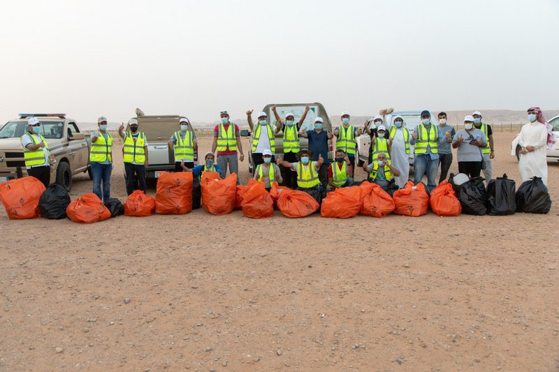 مبادرة للمحافظة على نظافة محمية الملك عبدالعزيز الملكية.