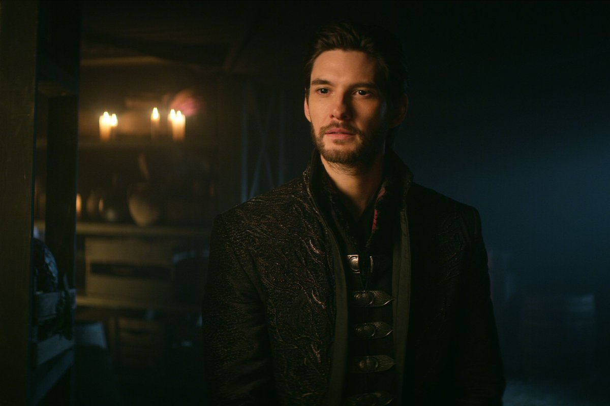Ben Barnes knew he was the perfect Darkling for Shadow and Bone thanks to Tumblr https://t.co/BdGD7HEcHV https://t.co/nDDUwOqfxb