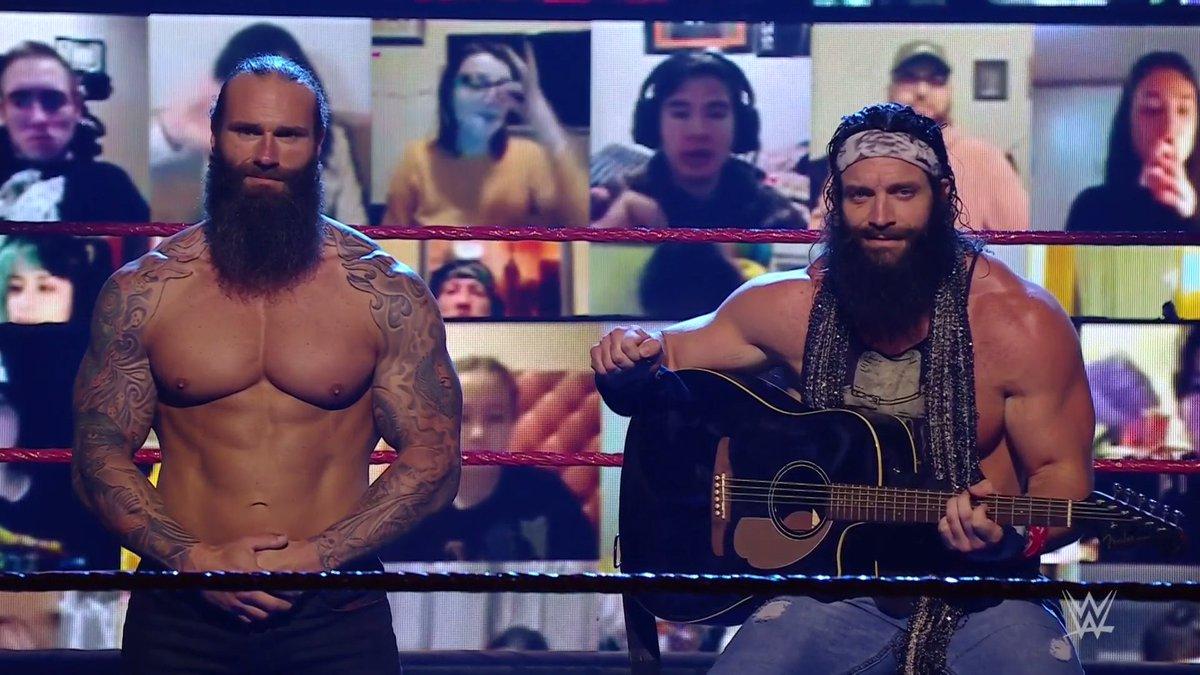 RT @WWEUniverse: A treat for your eyes and ears.  #WWERaw @IAmEliasWWE @JaxsonRykerWWE https://t.co/kWTCihYCeP