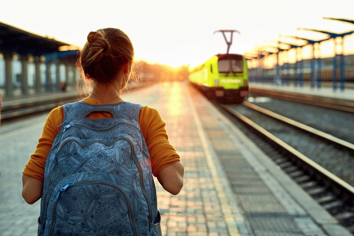 FlixTrain redo för avgång - nu kommer FlixTrain till Sverige!  Nu startar biljettförsäljningen av tågresor med FlixTrain, Sveriges mest prisvärda tågbolag, som kommer att trafikera sträckan Stockholm - Göteborg. Biljettpris från 129 kr enkel väg på https://t.co/b7iDgJSoAr https://t.co/aZ7XlSK56K
