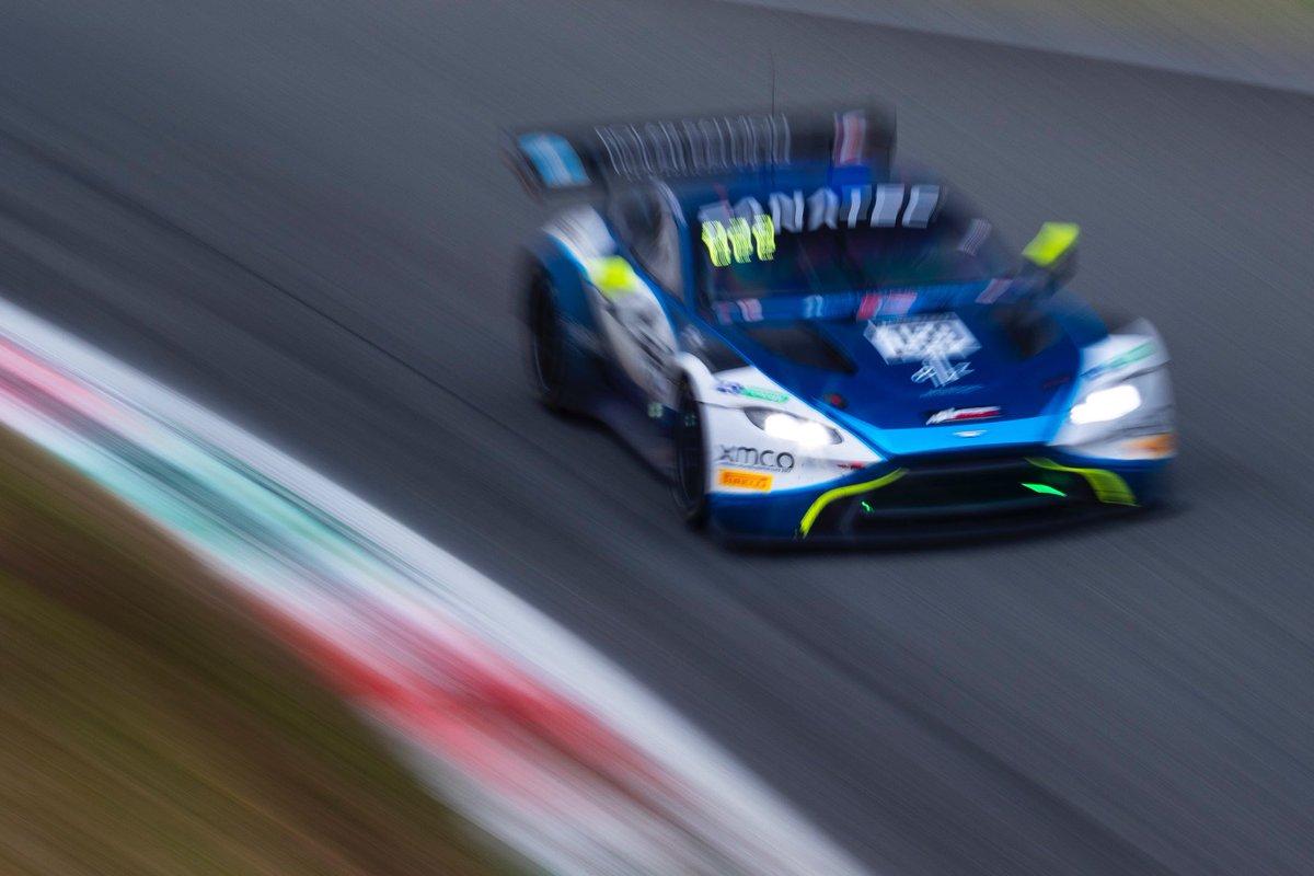Blue streak.  No.159 @Garage_59 Aston Martin Vantage GT3.  #AstonMartin #Vantage #GTWC https://t.co/rxjkNmwQtF