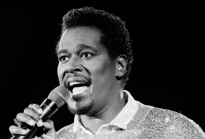 Luther Vandross would ve been 70 yrs old today.... damm! Happy Birthday