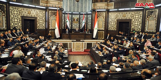 رئيس مجلس الشعب يعلن تبلغ المجلس بتقديم طلب ترشيح إلى منصب رئيس الجمهورية. دمشق سانا