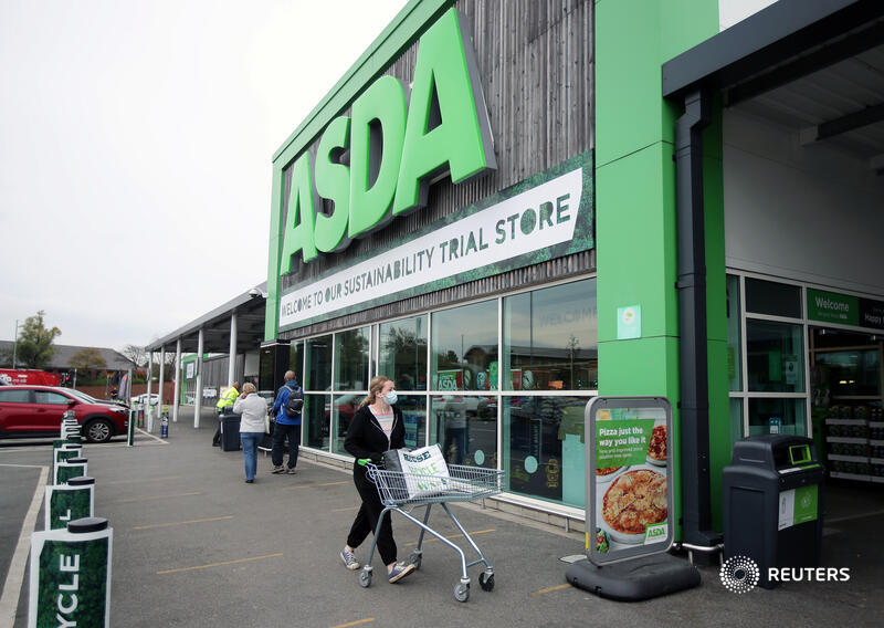 Asda's new owners may have a pain-free way to keep competition watchdogs happy, writes @aimeedonnellan https://t.co/hBI0OMBiYt https://t.co/rb5fQa4Roa