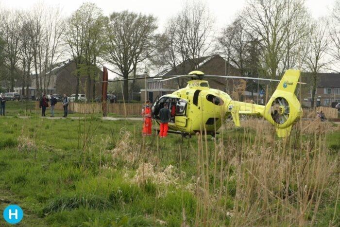 Traumahelikopter verleent assistentie in Helmond  .