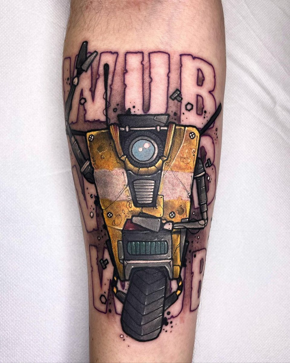#Tattoo Awesome of the Day ⭐ ➡️ #Geek 🤓 #Claptrap #Borderlands 🎮 #videogame Arm Piece via @BarberDts #SamaTattoo #SamaGeek #SamaGames 🕹️ ➡️ View More #SamaCollection 👉 https://t.co/Kugls40kPu