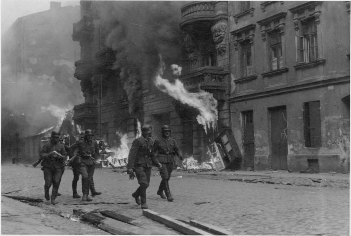 "The Warsaw Ghetto uprising has begun: after SS & their auxiliaries marched in to ""liquidate"" ghetto on eve of Passover, Jewish resistance fighters have forced them back. Fighting with a few guns & homemade petrol bombs, Jews have stopped Nazis in their tracks, wounding 59 of them https://t.co/mFnBjWfq93"