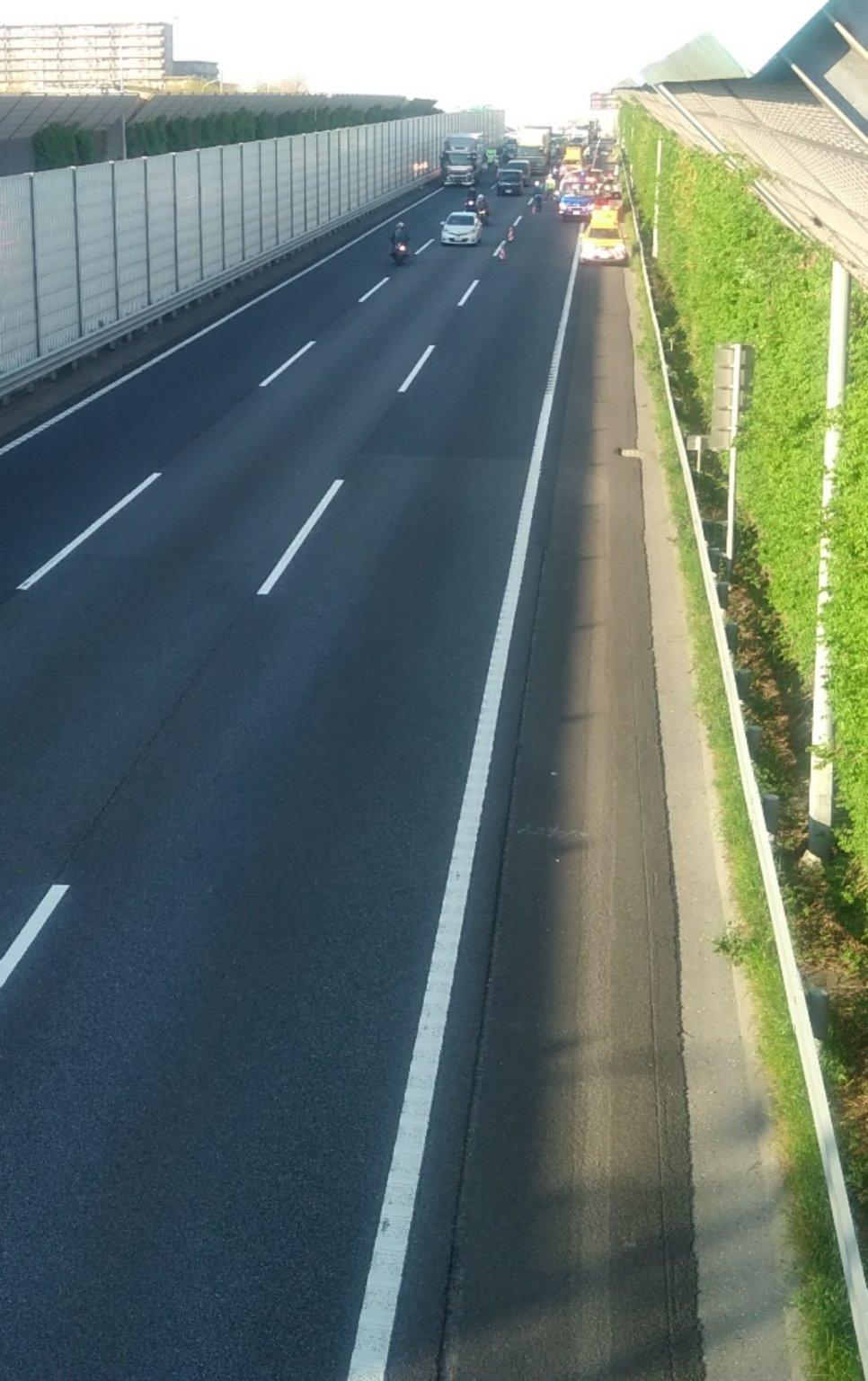 東関東道の宮野木JCTで交通事故の画像