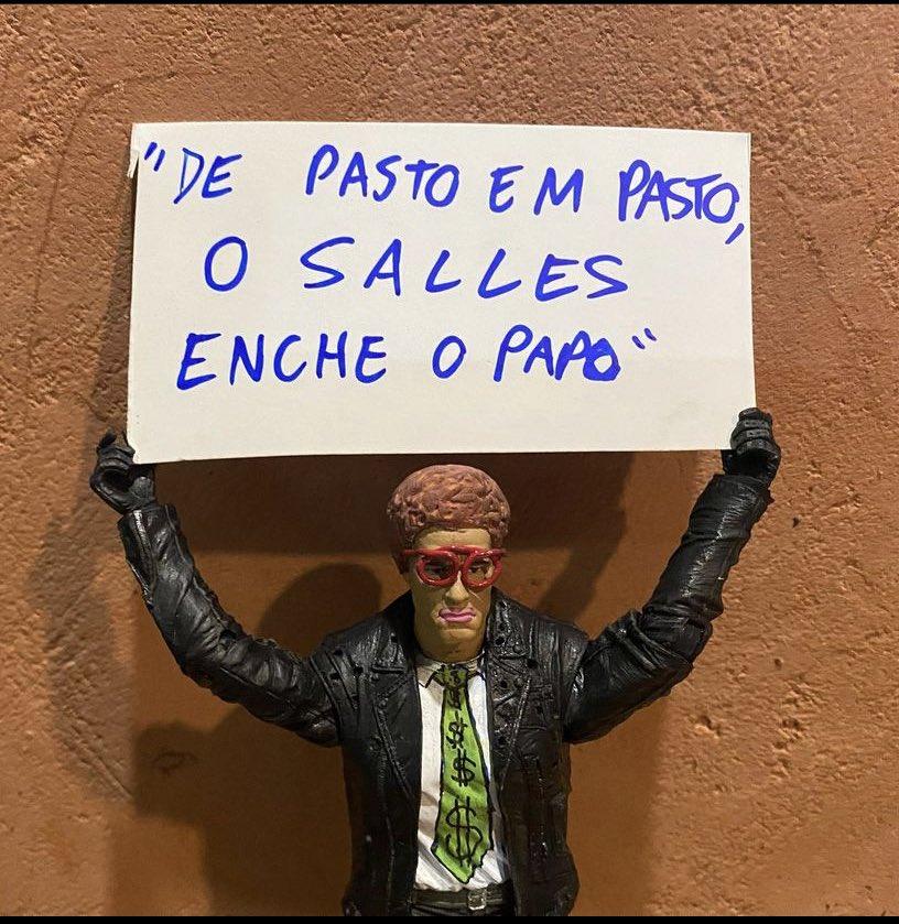#forasalles https://t.co/ZO0zyUcbKB