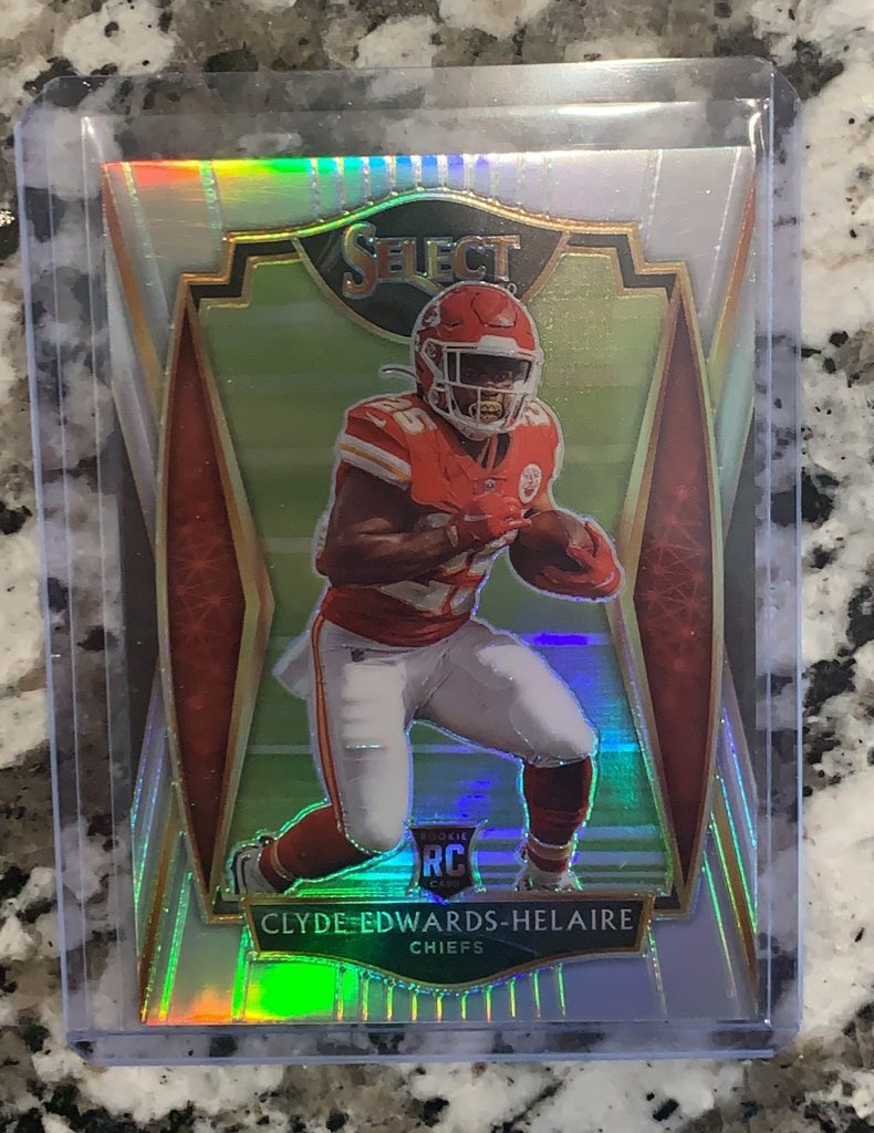 RT @JPetersen713: Clyde Edwards Helaire Select Silver $16 PWE $20 BMWT @HobbyConnector @sports_sell https://t.co/1yR21yNIkC