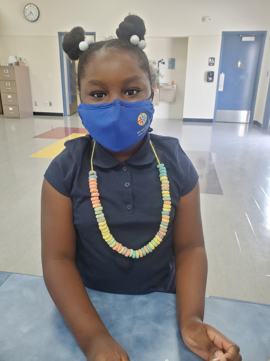 Club kids made their own snack necklaces! They look AND taste great! #avbgc #bgca #GreatFutures #WhateverItTakes https://t.co/VYvo3GwwiX
