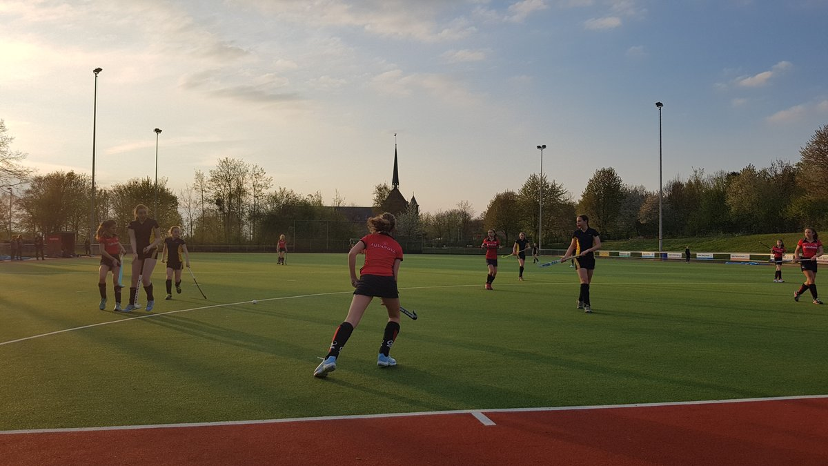 🏑 Hockey  🤝  Holland Tour 🇳🇱  There's nowhere better - join us in Easter 2022!  📸@HGS_PE - Easter 2019 https://t.co/y7KOWOilDR