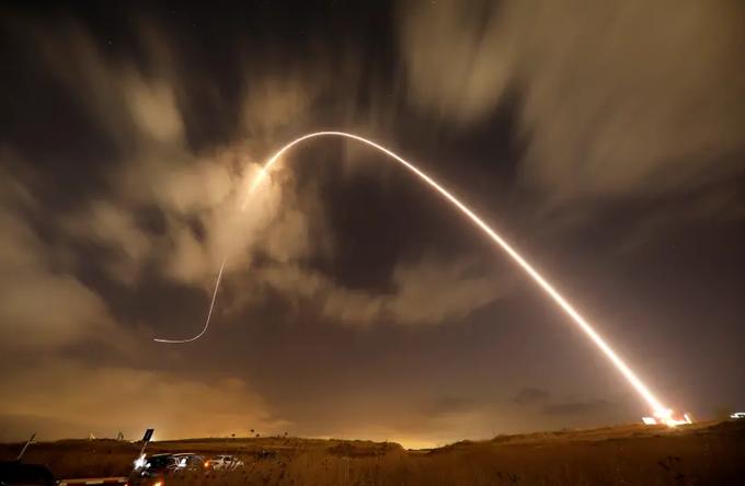 Syrian missile lands near Dimona nuclear reactor thumbnail