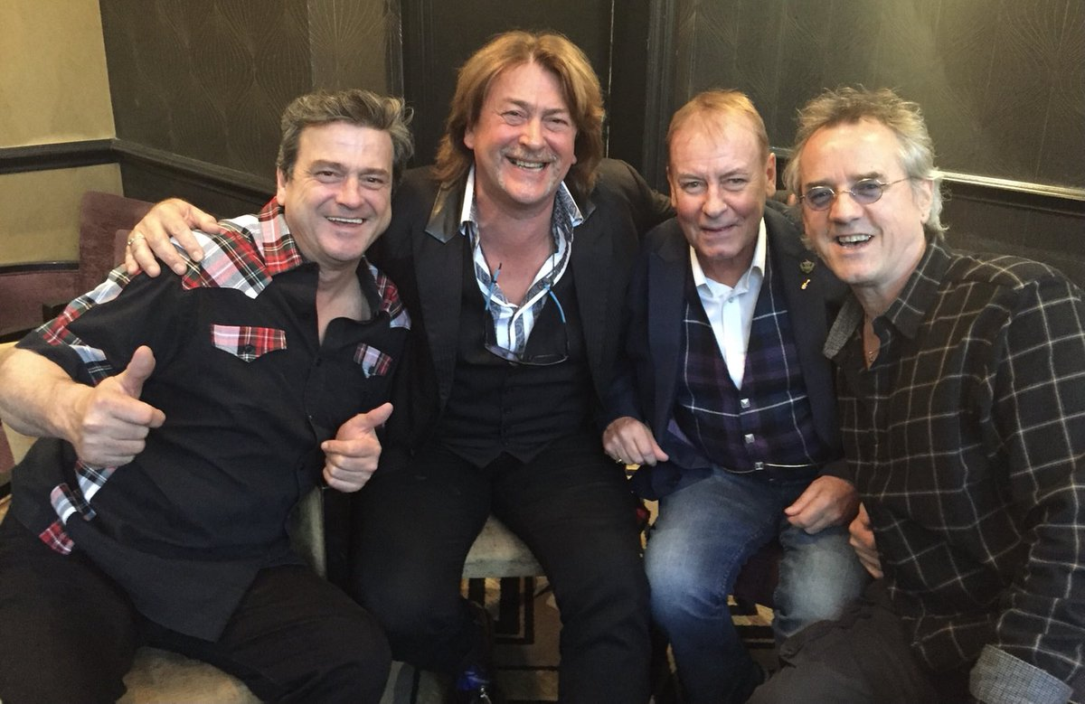 Truly shocked to hear of the passing of Les McKeown legendary frontman of Bay City Rollers & my thoughts and condolences are with his wife and family ...I ran with this gang promoting 2 comeback tours in 2015/16 ..what an unforgettable experience #RIPLesMcKeown