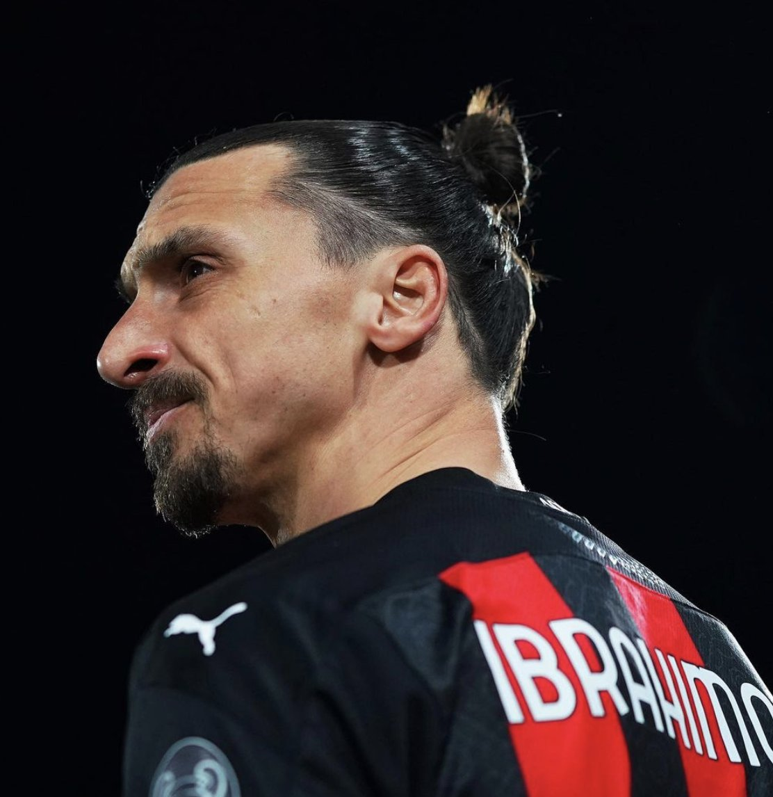 @InvictosSomos's photo on Zlatan