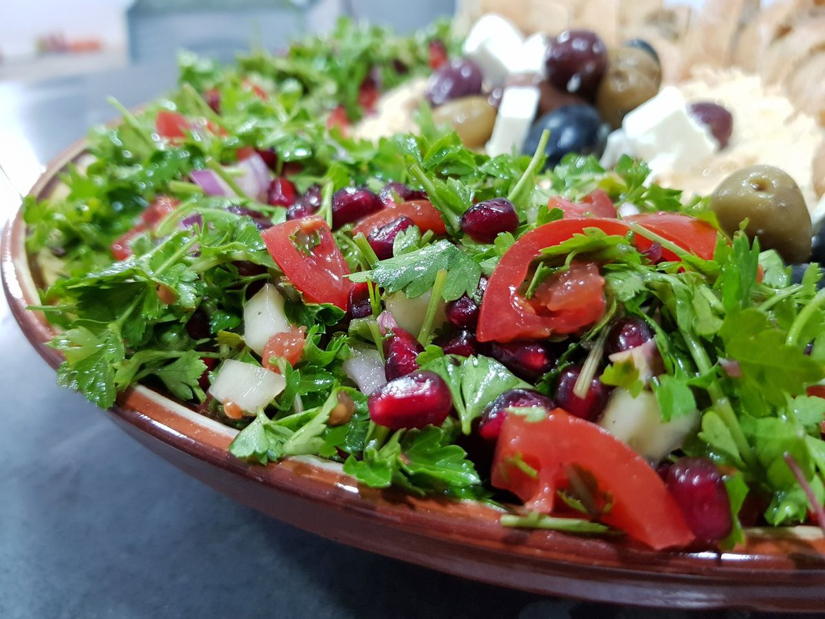 Tabbouleh Salad is something new and I think that's a great dish to try #recipe BY MY #HIVE friend @Missdeli8. #RecipeOfTheDay   https://t.co/SYwkhYsS9t #food #foodie #blog #HiveBlogShare #Posh https://t.co/g8Q340dDGB