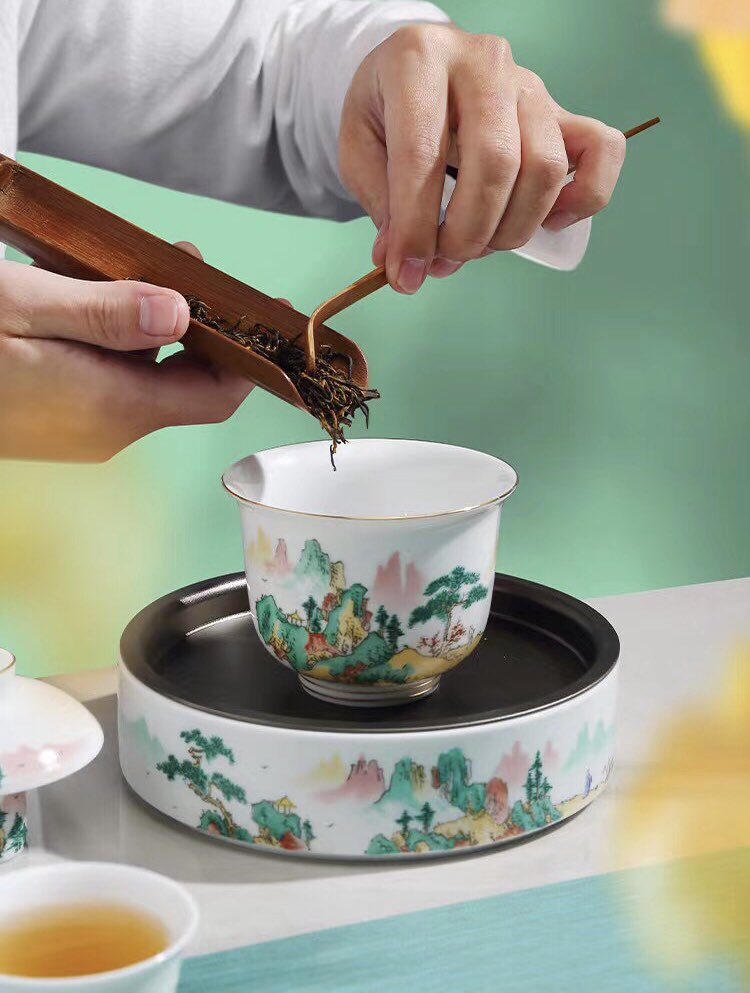 Drink it slowly, with your eyes closed, fully appreciating the aroma... wonderful. . . . #teaset #whole #gaiwan #cuppies #teacup #teacuppuppies #gongfutea #gongdaobei #chadao #teascoop #style #sunshine #jinjunmei #spring #newtea #sweet #cool #teaaroma #fragrance #morimatea https://t.co/rXHIzToCgV