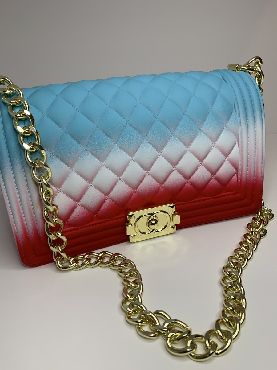 Full size jelly purse #purses #bags #handbags #fashion #purse #accessories #clutchbag #clutch #bag #handbag #clutches #style #shopping #fashionista #pursesforsale #onlineshopping #handmade #purseaddict #purselover #fashionbag #bagslover #boutique #shoes #bagaddict #explorepage https://t.co/qiyMMl25b0
