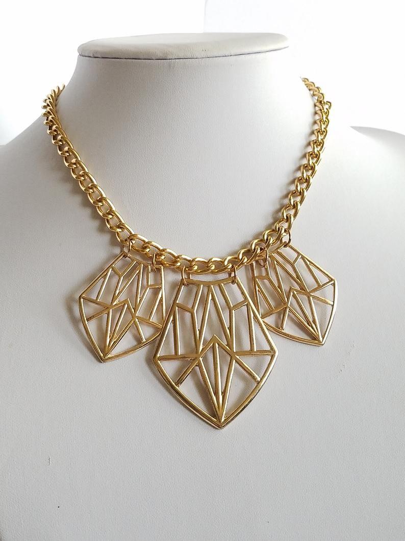 Statement Necklace | Etsy  https://t.co/gvOBd1Xm7C  #SALE 20% Off!! #Etsy #etsyjewelry #etsyhandmade #handmade #handmadejewelry #etsyshop #fashion #necklace #giftformom #style #fashionjewelry #shopsmall #smallbusiness #giftforher #MothersDaygift https://t.co/7n3C7SxcYE