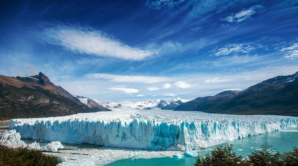 Perito Merino Glacier, third largest glacier on the planet. El Calafate, Argentina [OC][1433X797] #nature #earth #photography #wanderlust Download our free photography eBook now: https://t.co/Uz6gjL8jBp https://t.co/XRSuTjDHFl